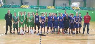 1 ir 2 vietos laimėtojai Tauragės Žygaičių (treneris T. Rapolavičius) ir Jurbarko Antano Giedraičio-Giedriaus (treneris P. Valaitis)  gimnazijų sportininkai