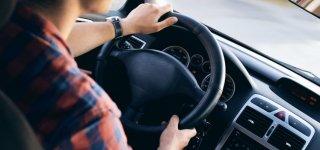 Vairavimo mokyklos ir Jurbarke susitarė kelti paslaugų kainas