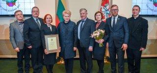 Prezidentūroje apdovanota Viešvilės seniūnija