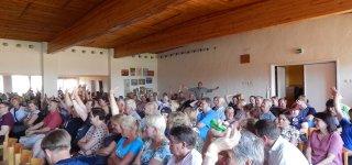 Skirsnemunės bendruomenė sukilo prieš vėjo jėgaines – susitikimas pavirto į protestą