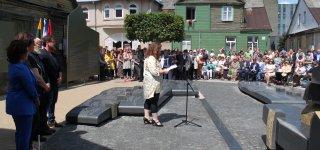 Diena, kada Jurbarkas gali didžiuotis: memorialu įamžino žydų bendruomenės istoriją  (video)