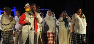 Skirsnemunės mėgėjų teatro kolektyvas padovanojo premjerą