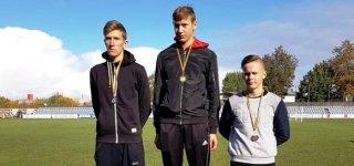 Iš vaikų ir jaunučių lengvosios atletikos čempionato – su medaliais