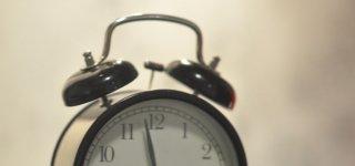 Nepamirškite – sekmadienį suksime laikrodžių rodykles