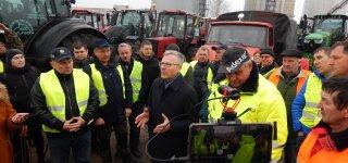 Jurbarko r. ūkininkų protestas vieningas – ilgiausia traktorių kolona ir reikalavimai rajono valdžiai