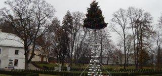Dvaro parke įžiebiama Kalėdų eglė – startas šventiniams renginiams!