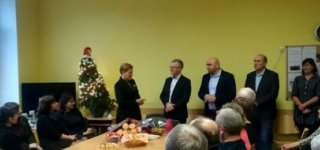 Jurbarko gimnazijos direktorė pradėjo darbą