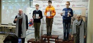 Trečią vietą iškovojęs Ąžuolas Norkūnas (pirmas iš kairės)