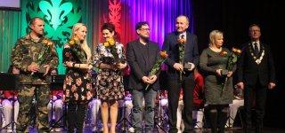 Jurbarke paskelbti aštuoni krištolinių lelijų laureatai