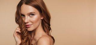 Vasaros sezonas: patarimai plaukų priežiūrai