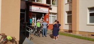 Užrakintos Jurbarko PSPC durys pratina pacientus prie kitokios tvarkos