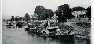Smalininkų uostas ir vandens matavimų stotis 1924 metais. Istorinė nuotrauka