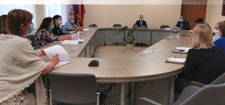 Įvyko pasitarimas dėl didėjančio sergamumo COVID19 liga Jurbarko rajone
