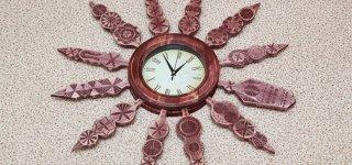 Sekmadienį suksime laikrodžius