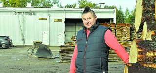 Pagal profesiją kūno kultūros mokytojas Mindaugas Norgėla, Kūlupėnų kaime įkūręs medienos verslą, gamybinę bazę plės pasinaudojęs ir Lietuvos kaimo plėtros 2014–2020 m. programos parama.