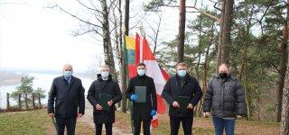 Ant Rambyno kalno pasirašyta Tauragės regiono plėtros tarybos steigimo sutartis