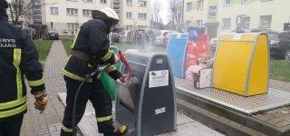 Ugniagesių komanda skubėjo į miesto centrą