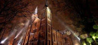 Sveikina Jurbarko Švč. Trejybės bažnyčios klebonas