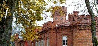 Raudonės pilis: visuomenei įdomus ne tik rūmų, bet ir juos supančio parko likimas