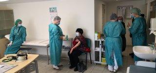 Gyventojų vakcinacija persikelia ir į rajono medicinos įstaigas