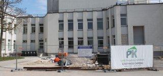 Jurbarko kultūros centro rekonstrukcija – ne kliūtis renginiams: pirmąjį koncertą skirs medikams
