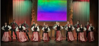 """JKC liaudiškų šokių studijos """"Nemunėlis"""" jaunuolių grupė tapo konkurso """"Šoka Lietuva 2021"""" mažaisiais laureatais"""