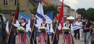 """""""Atminties kelio"""" eisenos dalyviai paminėjo Jurbarko žydų bendruomenės sunaikinimo 80 – metį"""