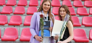 Pagerbtos Europos vicečempionių titulą iškovojusios jurbarkietės rankininkės (nuotraukos)