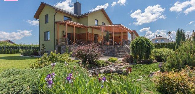 Jurbarkų seniūnijoje už parduodamą namą prašoma 182 tūkst. eurų.