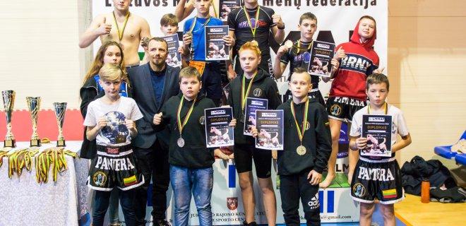 """""""Pantera"""" komanda I vieta čempionate / Klubo """"Pantera"""" nuotr."""