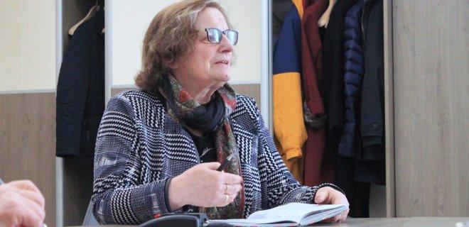 Juodaičių pagrindinės mokyklos direktorė N. Jociuvienė