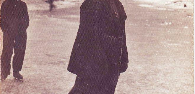 Nuotrauka iš jurbarkietės Almos Puidokaitės archyvų. Gausiame archyve ji surado šią vienintelę užšalusio Nemuno nuotrauką, kurioje įamžinta jos mamos draugė.