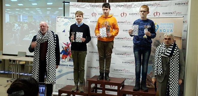 Trečią vietą iškovojęs Ąžuolas Norkūnas (pirmas iš kairės) / V. Jankūno nuotr.