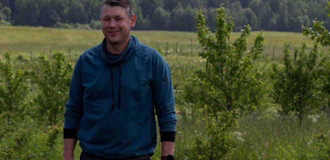 Pasak Rolando Lančicko, savo šeimos ūkiui modernizuoti jis gavo beveik 15 tūkst. eurų paramos. / Karolinos Baltmiškės nuotr.