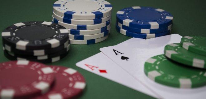 Žmones azartiniai lošimai patraukia tuo, kad sukuria sėkmingo ir pelningo gyvenimo iliuziją. / mediakatalogas.lt nuotr.