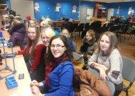 Geriausi Jurbarko r. Eržvilko gimnazijos mokiniai taip pat dėkingi už suteiktą galimybę susipažinti su unikaliu ir vieninteliu Baltijos šalyse esančiu optiniu mikroskopu