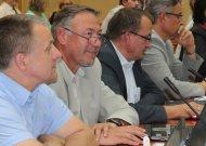 Tarybos nariai (iš kairės)  G. Byčius, R. Brazaitis ir  V. Juzėnas  nuo šiol priklauso Liberalų sąjūdžiui.