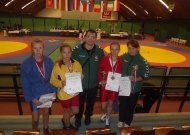 Nuotraukoje: Laura, Monika, treneris Vilius ir Silvija