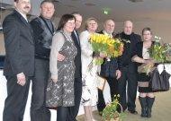"""Medalis """"Tarnaukite Lietuvai"""" įtektas V. Šoblinskaitei-Aleksai bei G. Aleksai"""