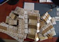 Kontrabandinius rūkalus slėpė po drabužiais
