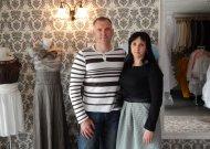 Milana, palaikoma savo vyro Audriaus, pagaliau išpildė savo seną svajonę – įkūrė proginių drabužių saloną.