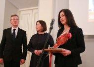 """VMI Tauragės skyrius apdovanojo UAB """"Spaisvilė"""" - patenka į penketuką pagal daugiausiai sumokėtus mokesčius."""