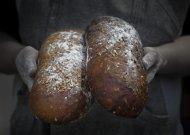 Garliavoje kepama tikra lietuviška duona - ir Jurbarko pirkėjams