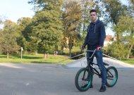 Miesto veidą jaunina užsispyrę ir atkaklūs raideriai (VIDEO)