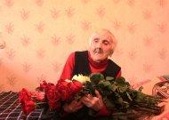 Šimtametės ilgaamžiškumo paslaptis: sunkiai gyventi ir prasčiau valgyti