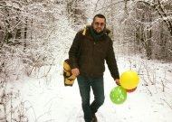 Andrius Pojavis lauktuvių į Valensiją parsivežė Jurbarko vėliavą (video)