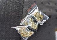 Sulaikyti galimai narkotines medžiagas nepilnamečiui pardavę smalininkiečiai