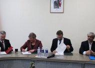 Kelio atgal nėra.  Skalvijos namus iš Ministerijos perėmė rajono savivaldybė (video)