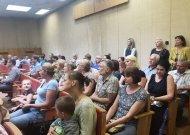 Taryba dėl pirmokų komplektų apsisprendė: viena mokykla džiaugiasi, kita laidojasi