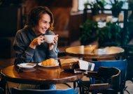 Viduje veikiančios kavinės galės neriboti srautų, bet bus privalu išlaikyti atstumus